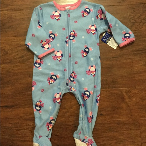 St.Eve Other - 🆕 Cute Little Footed Pajamas